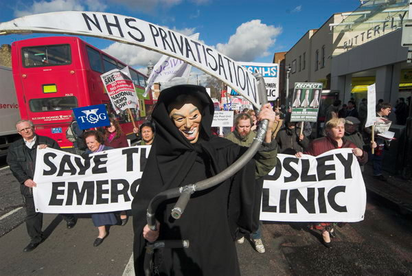 Grim Reaper - NHS Privatisation © 2007, Peter Marshall